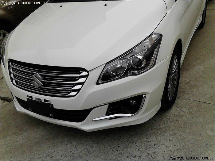 Suzuki-Alivio-spied-production-model-grille.jpg